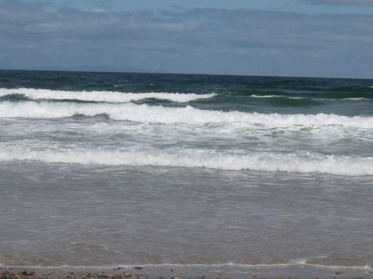 Findhorn's Beach surf
